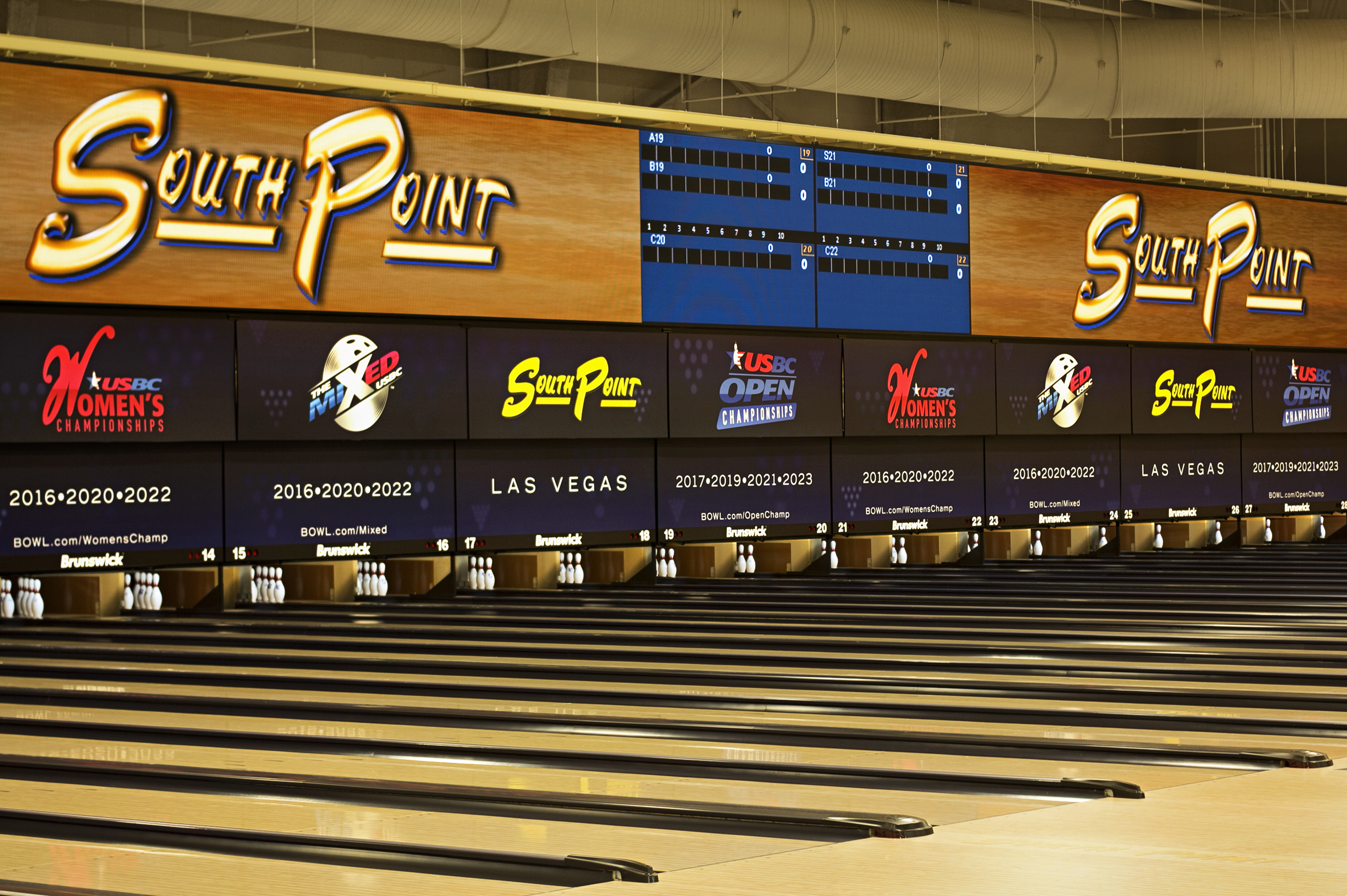 Gambling bowling